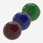 Glaskugeln und -kegel
